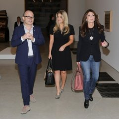 Beverly Hills Real Housewife Lisa Vanderpump visits PAMM