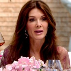 Lisa May Be Friendless On RHOBH, But She's Getting Her Ultimate Revenge!