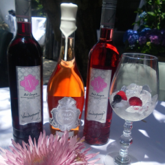"""""""Completely Addictive"""" – LVP Sangria Shines in the Huffington Post!"""